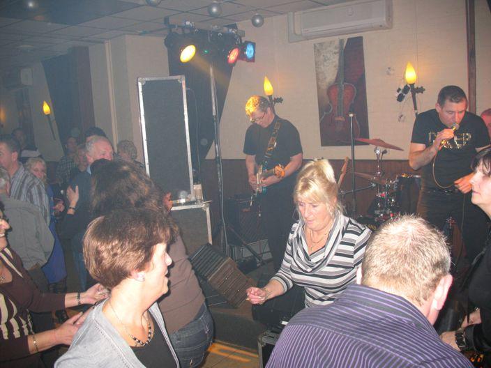 the Blue Moon Rockers, 12/1/2008, Oss