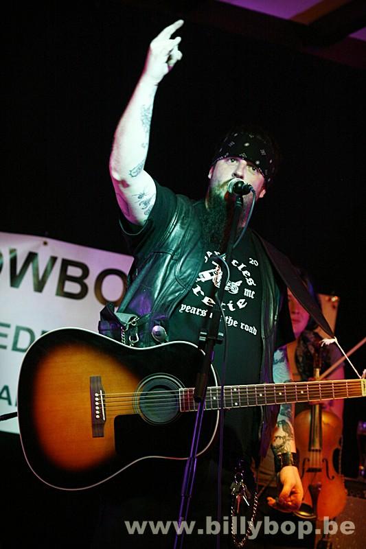 Bob Wayne and The Outlaw Carnies (USA)